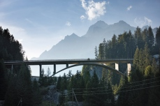 Motorists travelling towards the San Bardino Pass in Switzerland are awarded with a full frontal view of the 124m-long Crestawald Bridge (1958–1959) in Sufers [© Ralph Feiner]