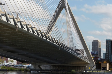 Leonard P. Zakim Bunken Hill Memorial Bridge in Boston (1998–2002) is a 400m-long, 10 lane structure which connects to an elevated highway at its north end [© Ralph Feiner]