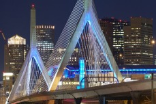 Leonard P. Zakim Bunken Hill Memorial Bridge in Boston (1998–2002) [© Ralph Feiner]