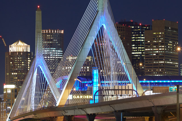 Leonard P. Zakim Bunken Hill Memorial Bridge in Boston (1998–2002) [© Ralph Feiner]